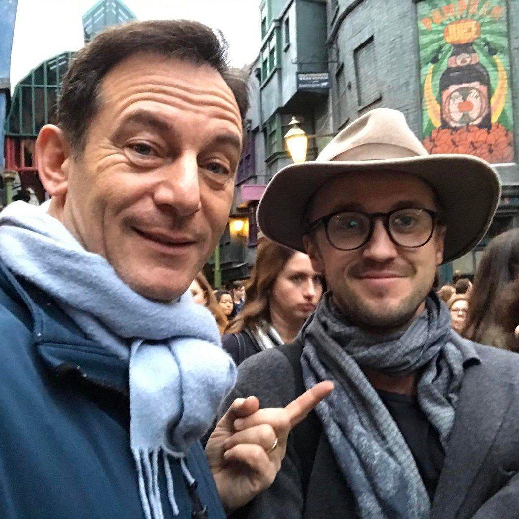 傑森艾薩克與湯姆費頓在「哈利波特」活動上重逢。圖/摘自twitter