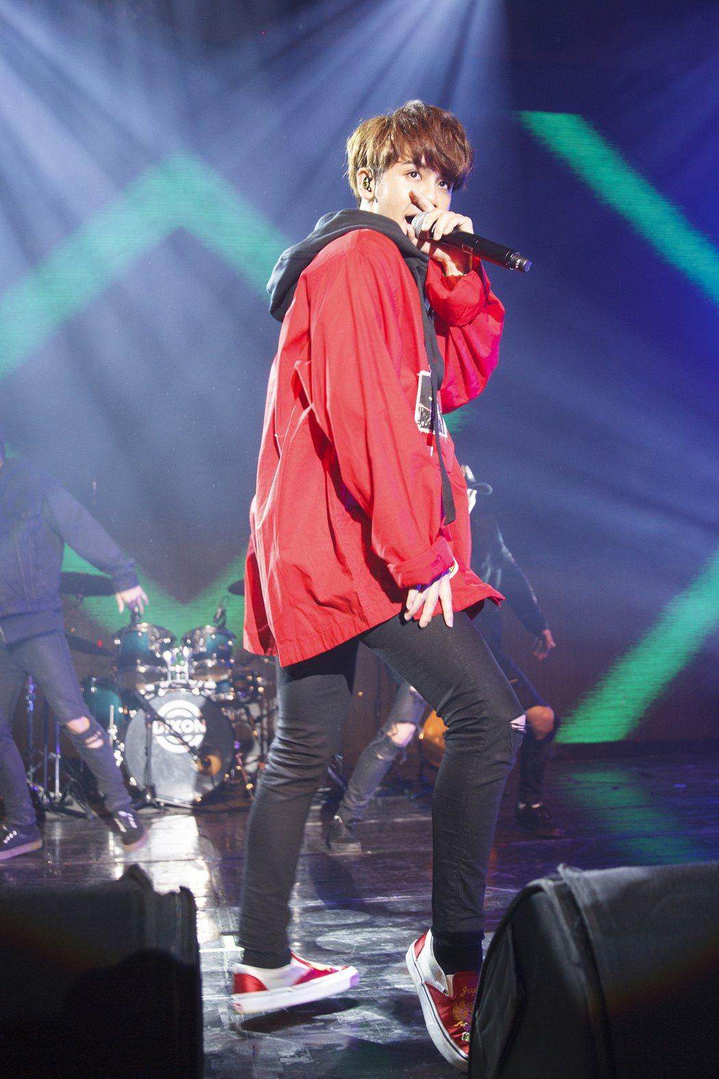 鼓鼓4日在台南舉辦新專輯演唱會。圖/相信音樂提供
