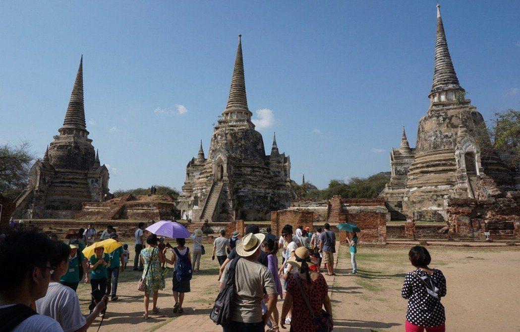為了促進觀光,泰國宣布針對台灣等多個國家免收簽證費優惠延期至8月底。 圖/中央社