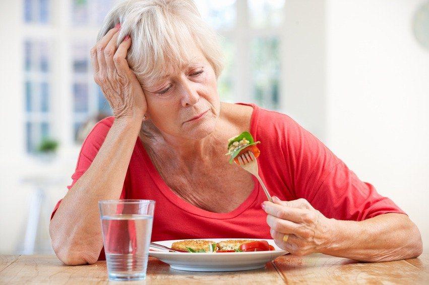 熟齡女性要從生活細節注意,讓身心保持愉悅,才能擺脫更年期症狀的困擾。 圖/Ing...