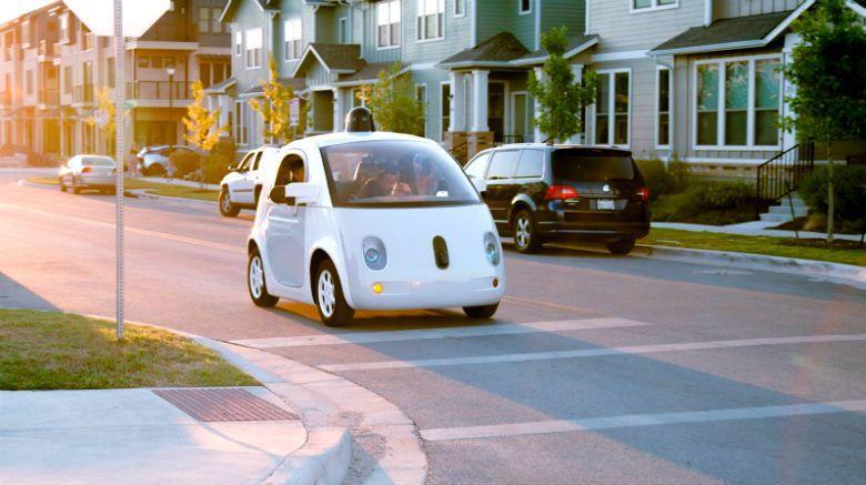 共享自駕車用戶較不介意搭乘小車,小車更多、大車更少,可使交通更順暢。 圖/waymo