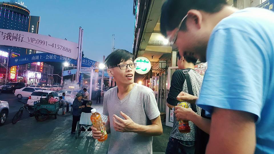 近半年來羅杰大部分時間都在上海集訓,偶爾也可以看到他在上海的生活照。