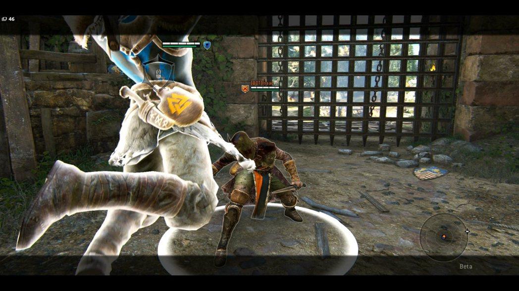 左右連續技,只要使用上攻擊就可以發動終結。