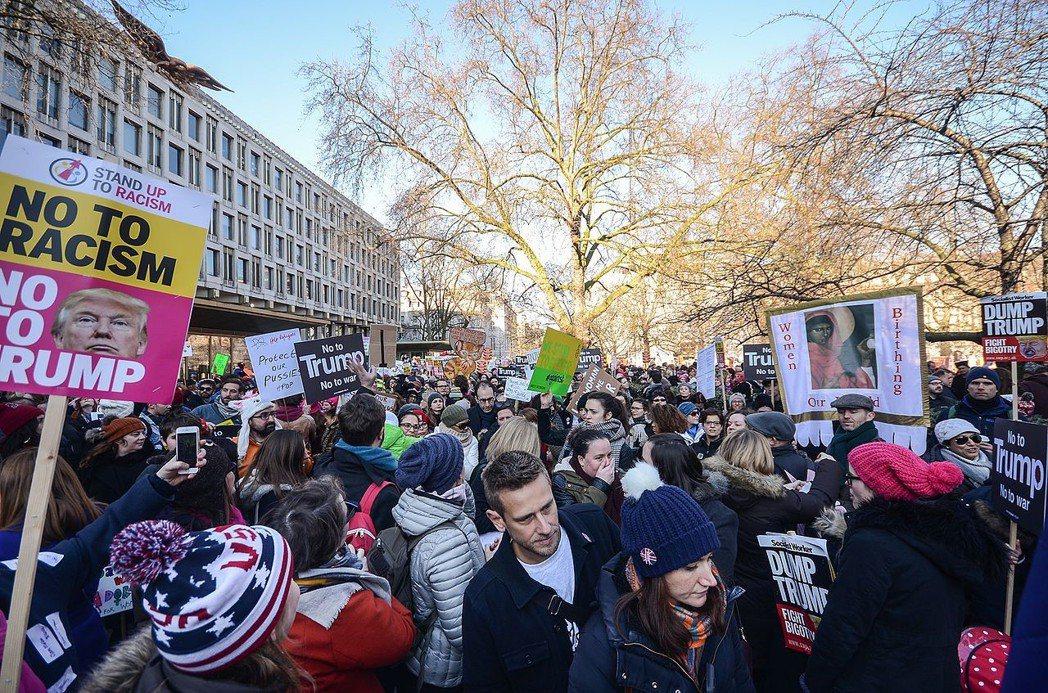 倫敦的女性大遊行。圖/取自wikipedia。