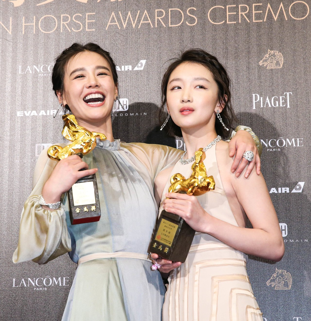 雙雙奪下金馬獎影后的周冬雨、馬思純,再度因「七月與安生」同時入圍香港電影金像獎最