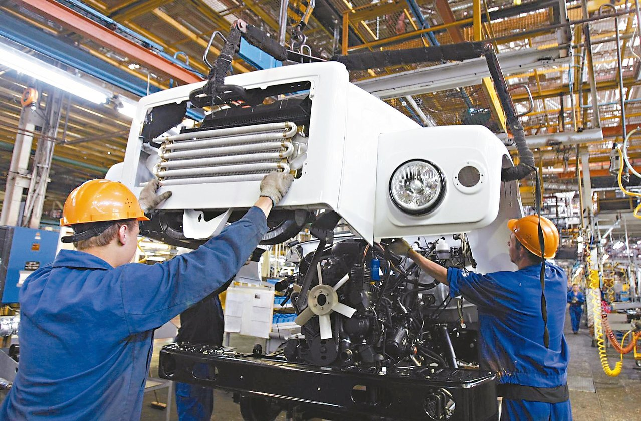 歐元區的經濟已連續14季成長,失業率也回到個位數。 路透