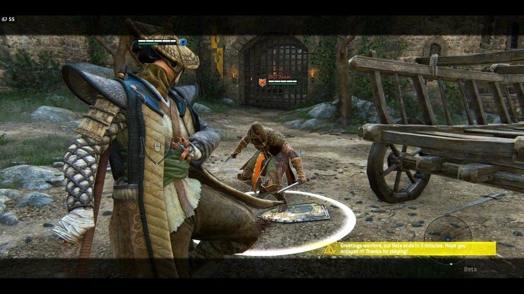 各種踢技、閃避、毒蛇、隱藏姿態交替的混和取消動作、取消是野武士巧妙的地方。