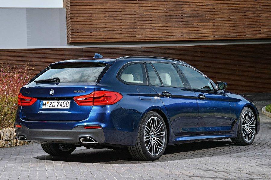 原廠代號 G31 的 5 系列旅行車,車身尺碼較前代車款放大不少。 摘自 BMW