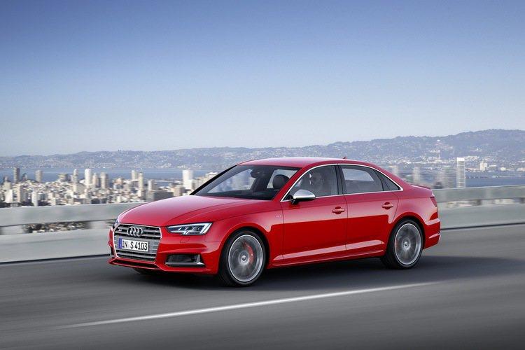 The new Audi S4/S4 Avant讓Audi A4車系陣容更加齊全...