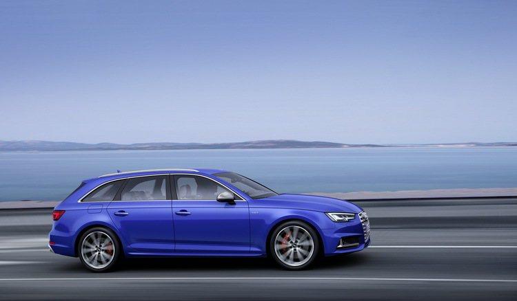 台灣奧迪於新年一開始就推出產品實力更加堅強的The new Audi S4/S4...
