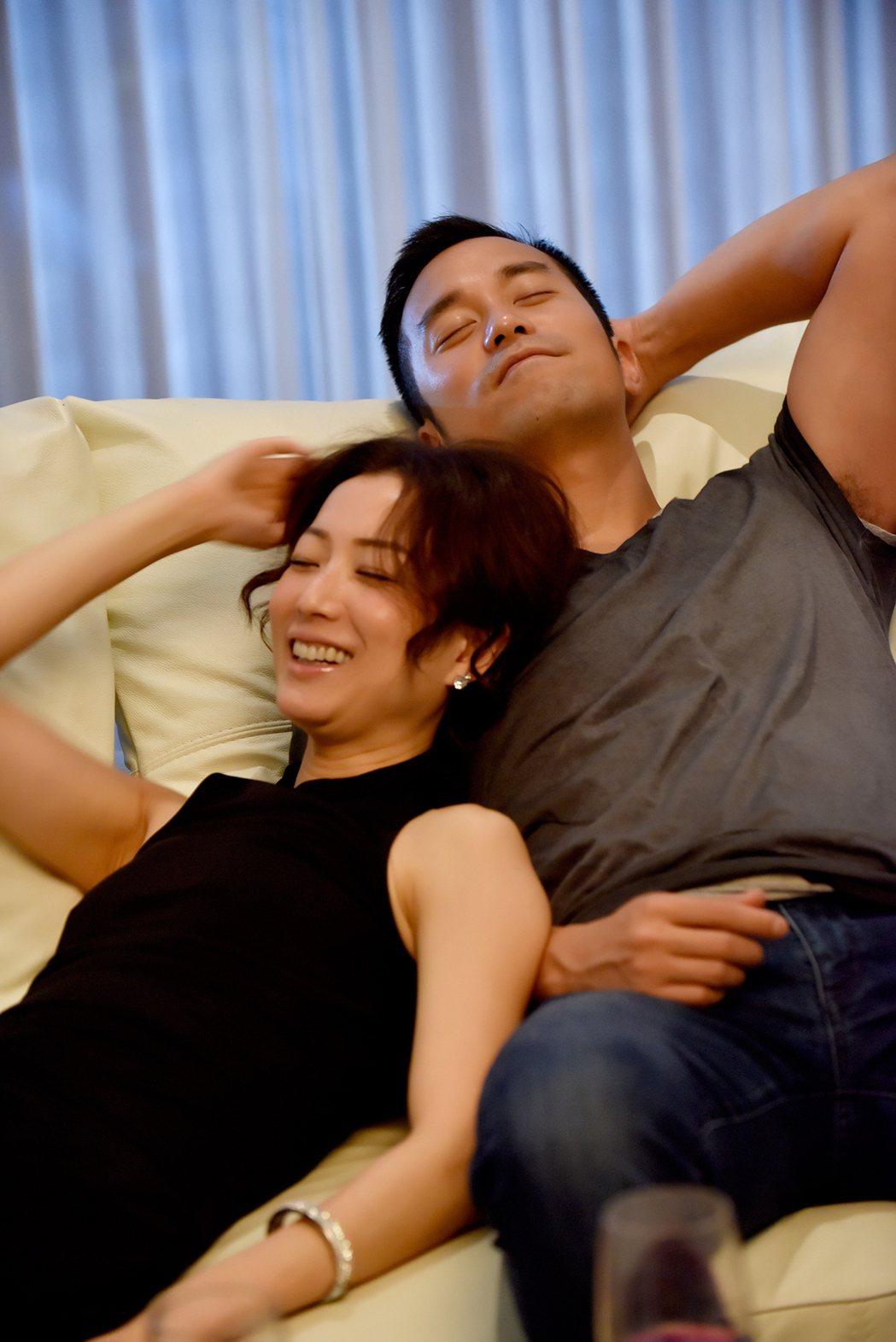 鄭秀文與張孝全在「合約男女」首度搭檔。圖/双喜提供