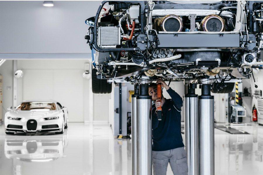 摘自 Bugatti