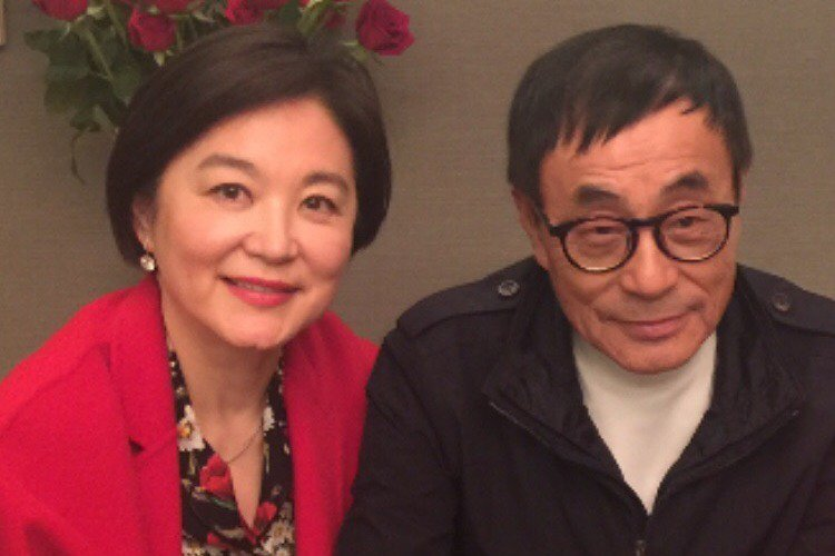 70年代音樂鬼才劉家昌今天早上在微博曬出他與林青霞的合照。圖/取自微博