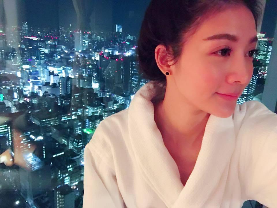 吳亞馨揮別姐弟戀,被爆與歌手李聖傑傳出緋聞。圖/摘自吳亞馨臉書