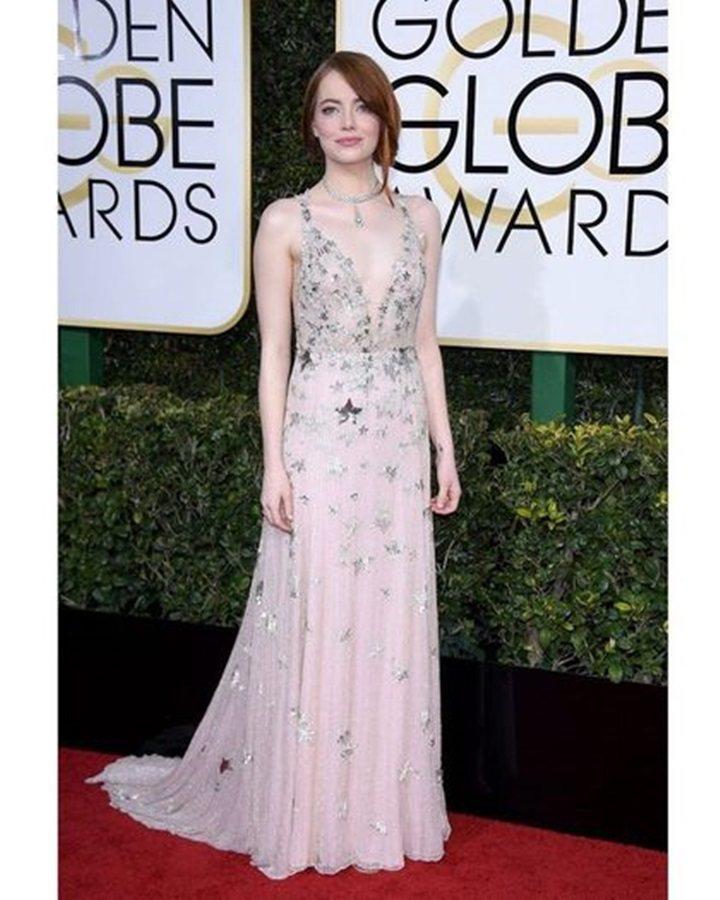 艾瑪史東於今年1月金球獎拿下最佳女主角獎,也有Tiffany珠寶幸運相伴,配戴的...