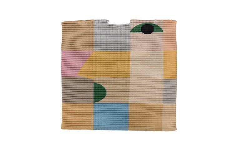 當代顏繪1連袖一字領洋裝,售價24,800元。圖/ISSEY MIYAKE提供