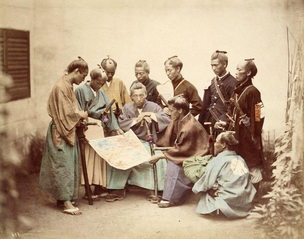 幕府末期維新戊辰戰爭後,體制改革導致武士階層瓦解。圖為戊辰戰爭中薩摩藩的藩士。 ...