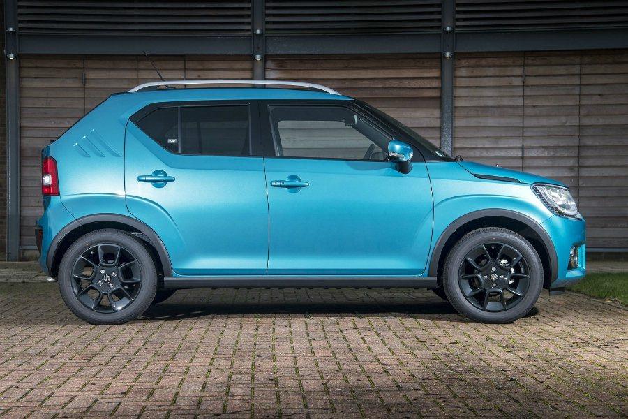 Suzuki Ignis 搭載 1.2 升四缸自然進氣引擎,結合 CVT 無段變...