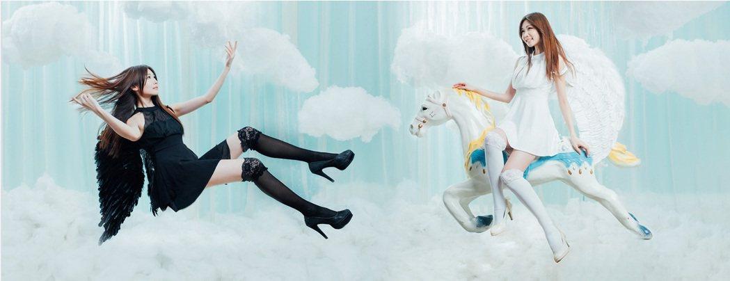 張小筑扮成雙面黑白天使,迎接浪漫情人節。圖/映象帝國提供