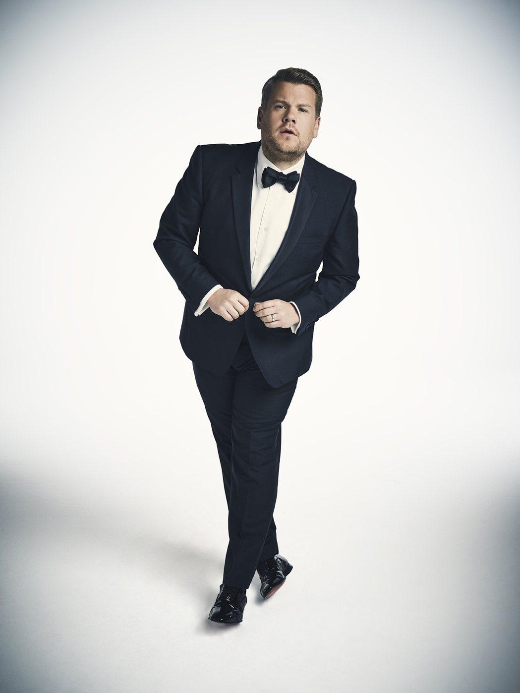 英國喜劇男星詹姆斯柯登主持本屆葛萊美獎頒獎典禮。圖/Star World提供