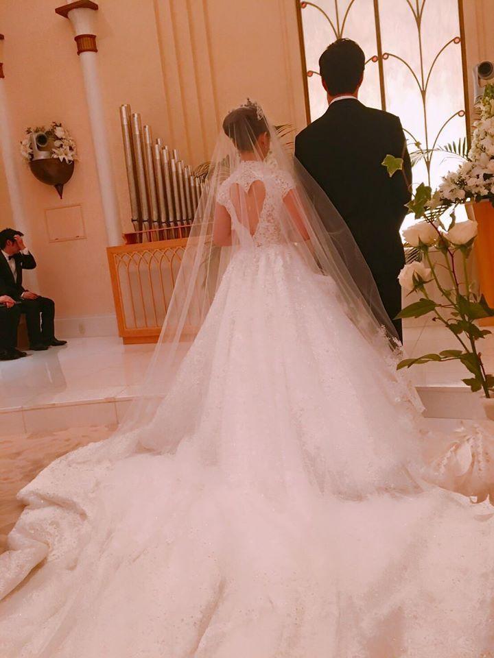 福原愛公主風婚紗以「愛」為主題,愛心裸背設計是一大亮點。圖/賈永婕提供