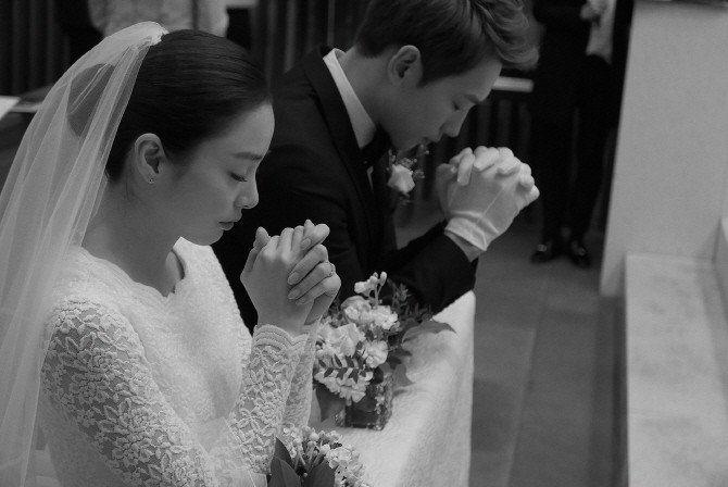 Rain與金泰希的婚禮十分簡樸低調。圖/擷自IG