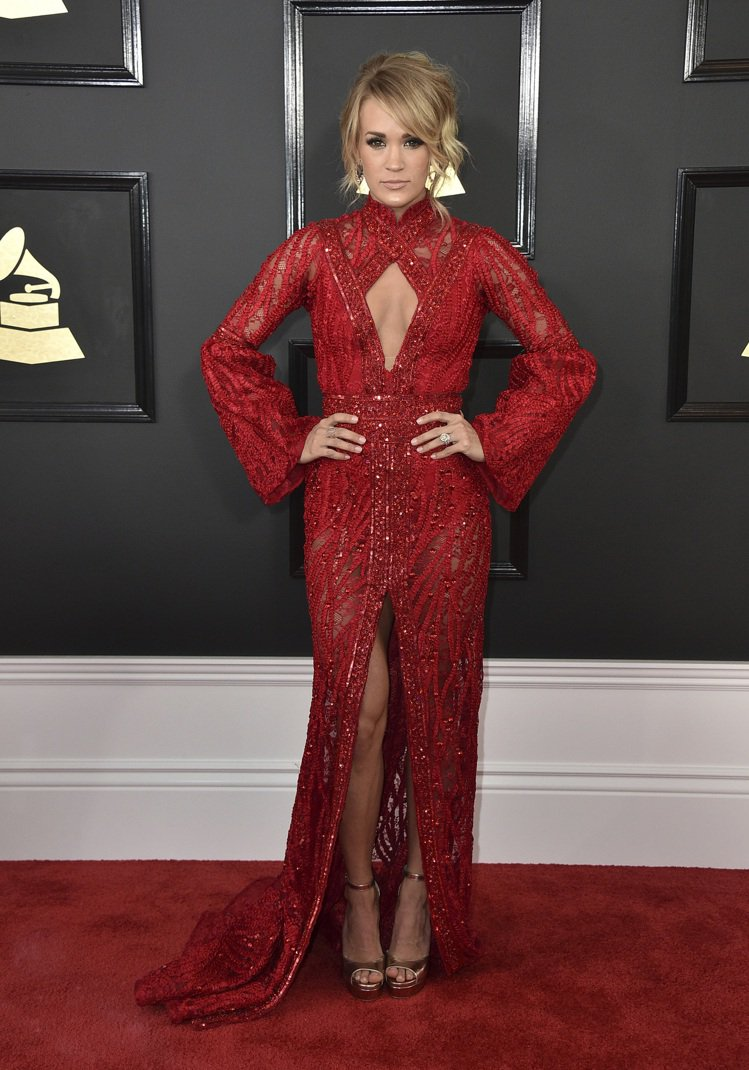 Carrie Underwood出席第59屆葛萊美獎頒獎典禮。圖/美聯社