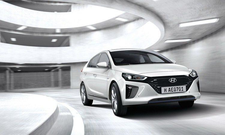 IONIQ Hybrid將是現代汽車進軍台灣油電車市場的首款力作。 (台灣上市實車樣式未定,圖僅供參考)。圖/摘自Hyundai全球官網