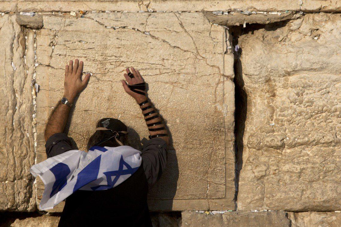 所謂的兩國方案,指的是以1967年六日戰爭前的以色列國境為邊界,以承認以色列復國...