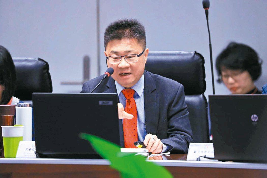 台中市社會局長呂建德。 記者洪敬浤/攝影