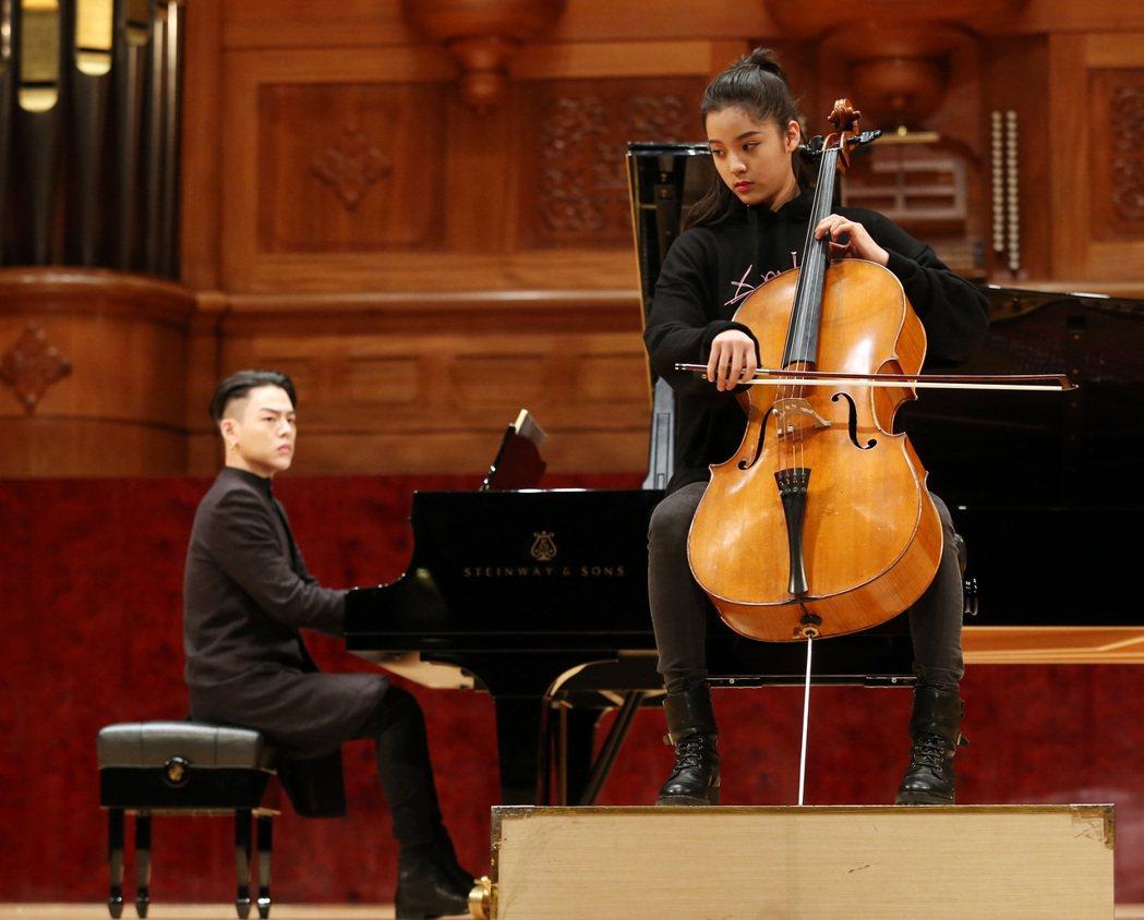 歐陽娜娜與鋼琴家江天霖合作「相信愛」音樂會。記者曾吉松/攝影