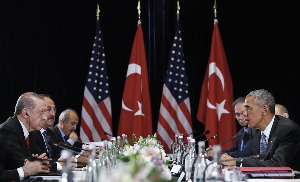 土耳其與美國之間的外交政策方向已經出現分歧,土美關係將會出現更大的危機。圖為土耳...