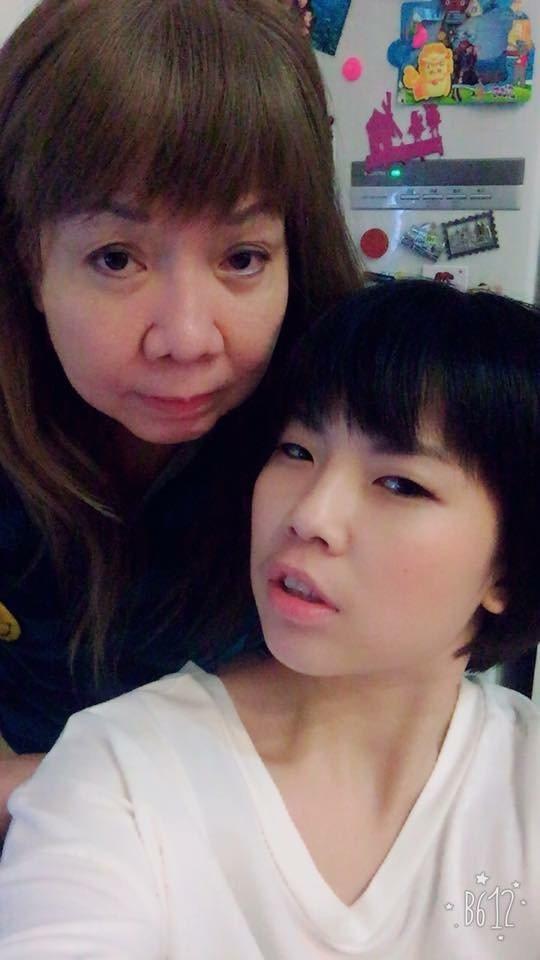 萁媽和萁萁。圖/取自臉書