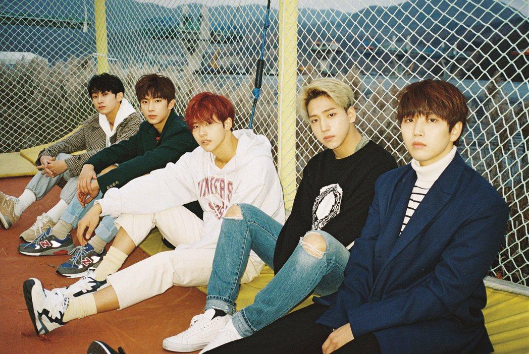 B1A4今天已經出發去美國。圖/佳音娛樂提供