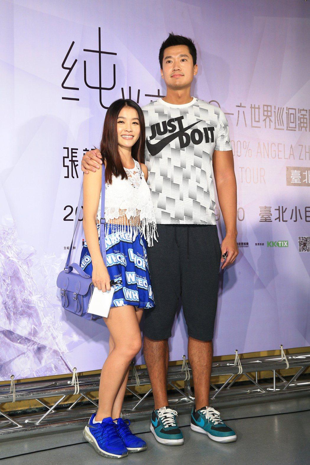 張韶涵晚上在台北小巨蛋舉行演唱會,何守正與小嫻出席。記者林伯東/攝影