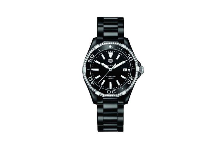 Bella Hadid代言照所戴的泰格豪雅Aquaracer陶瓷鑽表,12萬7,...