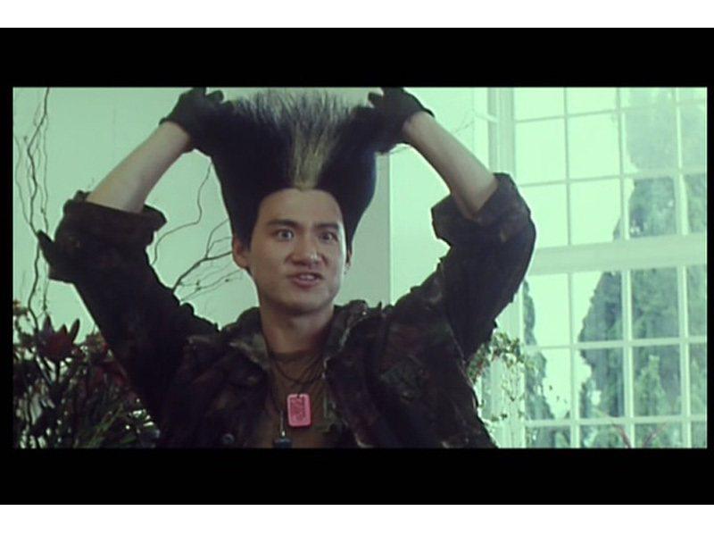 張學友在電影「超級街頭霸王」的造型。圖/取自網路