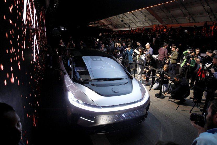 創新科技與軟體服務的崛起,改變了汽車產業舊有的經營思維,也改變了人們使用汽車的方...