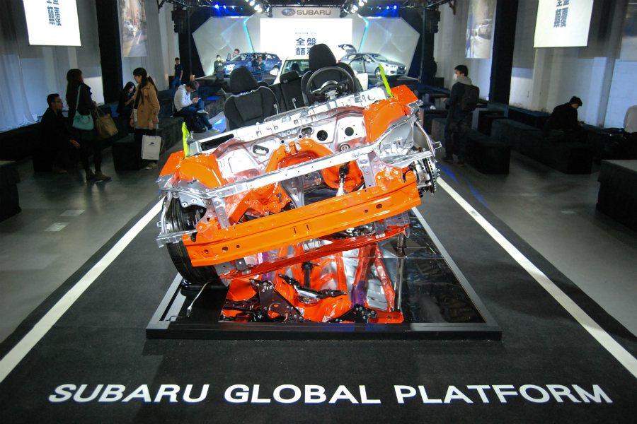 全新 SGP(Subaru Global Platform)平台提供更精進的操控...