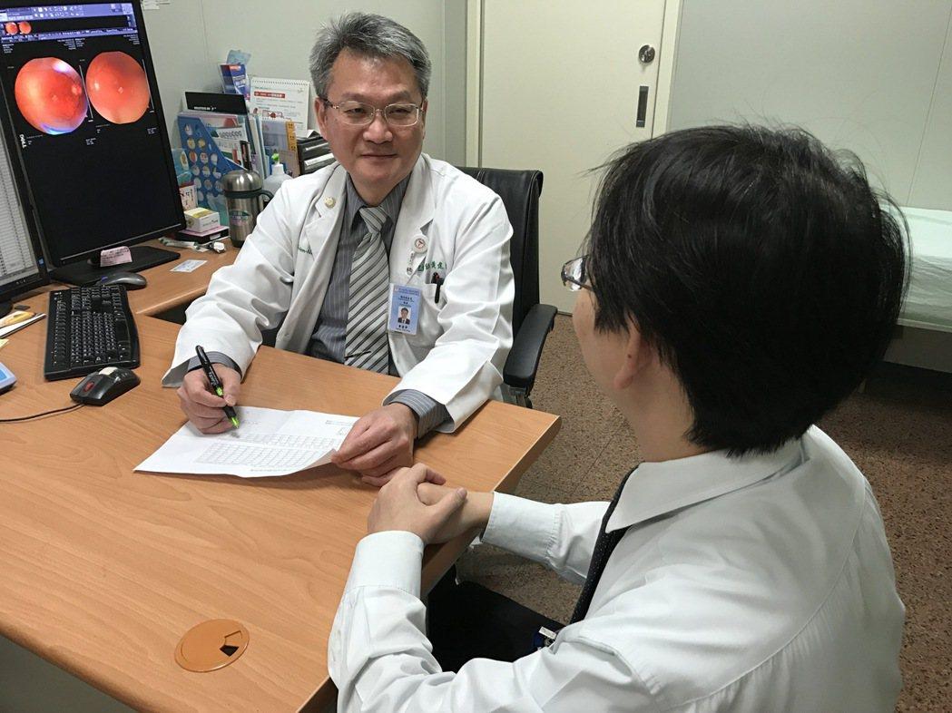 醫師指出,正在打拚事業的青壯年族群往往疏於照顧健康,即使血糖出現異常,也認為沒症...