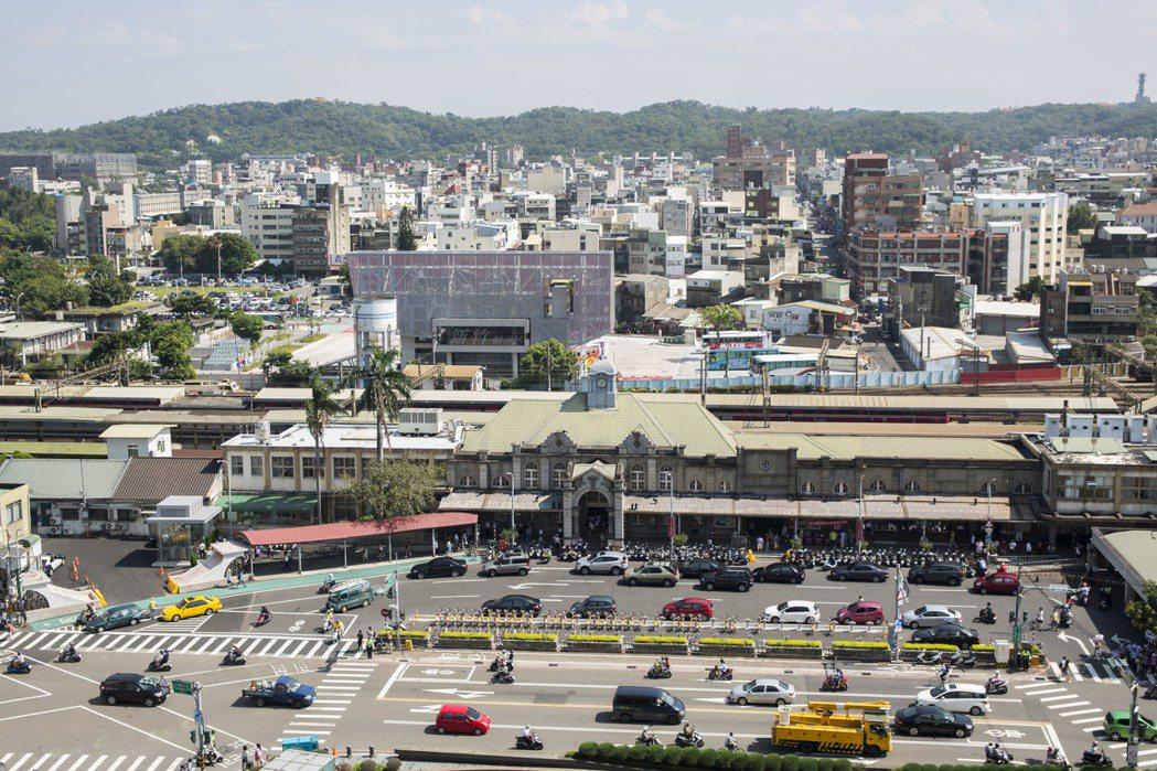 新竹市長林智堅提出「大車站計畫」,圖為新竹火車站現況。 竹市府/提供