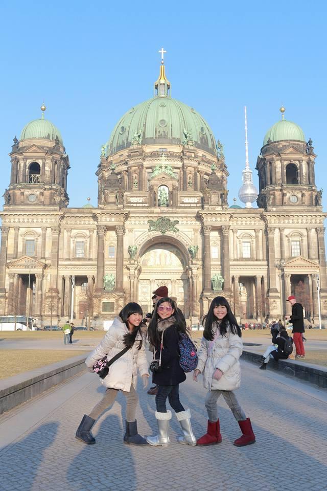 樂樂、媃媃與喬喬三人一同出席柏林影展。圖/寶麗來提供