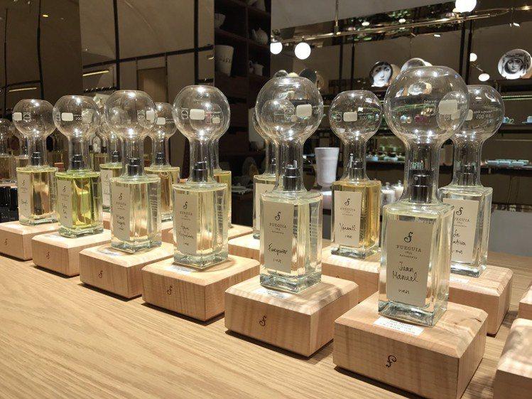 新藝術高端複合式精品店ART HAUS,跳脫傳統制式規格,在百貨空間內的打造了獨...