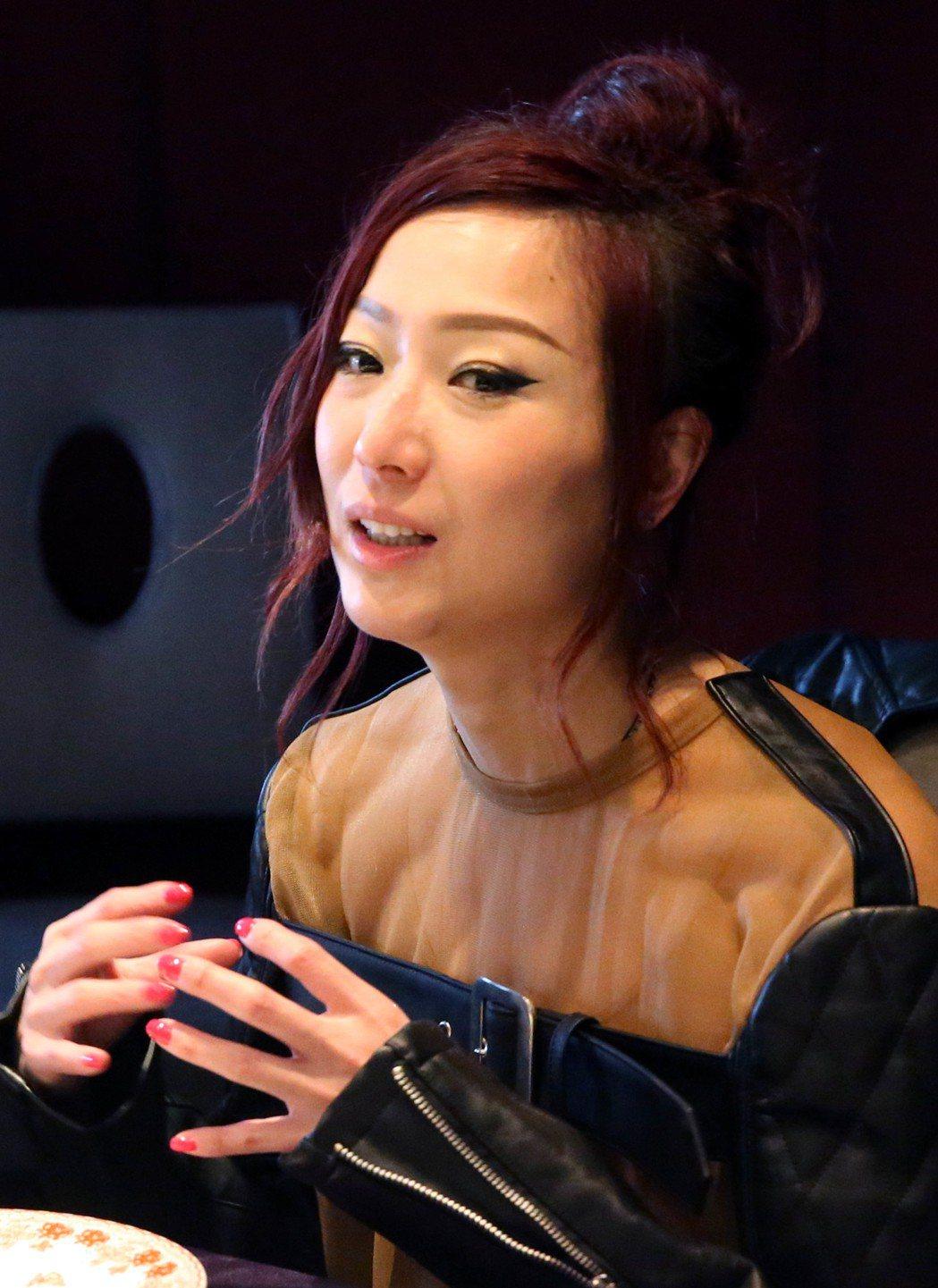 鄭秀文新專輯Nude發片記者會上,暢談出片心路歷程。記者林俊良/攝影