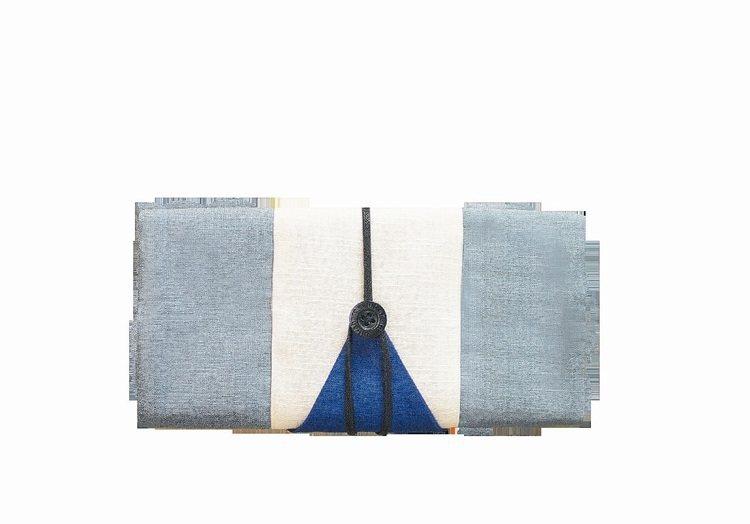 ultrahard作家筆袋系列,420元。 圖/誠品提供
