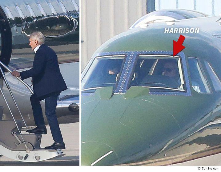哈里遜福特開飛機。 圖/擷自TMZ