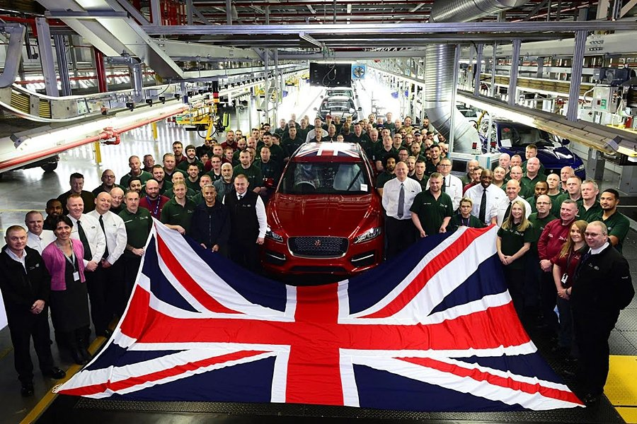 Jaguar Land Rover全球營運再創高峰,2016年度再次以品牌史上新高的 1,727,471輛產量,蟬連英國最大汽車製造商榮耀。 Jaguar Land Rover提供