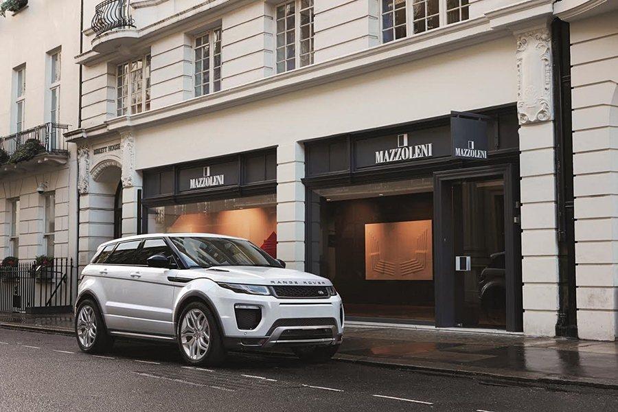 Land Rover Range Rover Evoque車系全新17年式5D車型,即日起提供150萬50期0利率優購方案。 Jaguar Land Rover提供