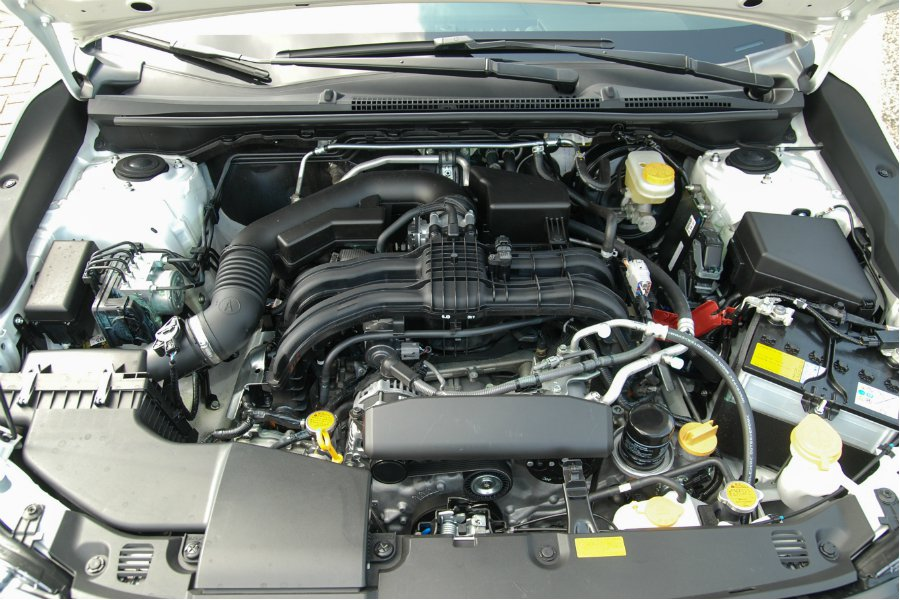 此次總代理僅引進 1.6 車型版本,採用 FB16 的 1.6 升水平對臥四缸引擎,搭配擴大齒比並減重 7.8 公斤的 Lineartronic 無段自排變速箱、SYMMETRICAL AWD 全時對稱四驅系統,最大馬力為 114 匹/ 15.3 公斤米。 記者林鼎智/攝影