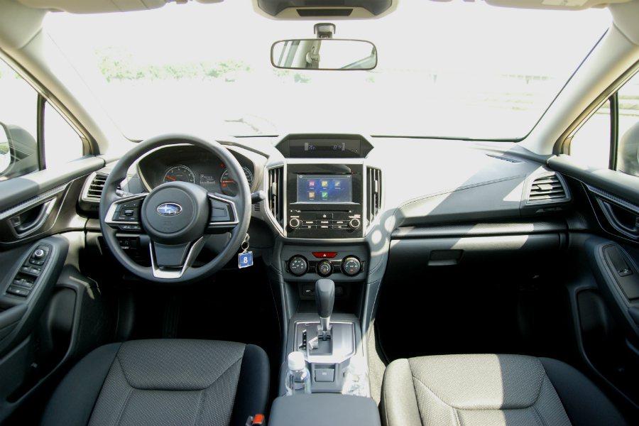 17 年式的 Subaru Impreza 在內裝質感方面明顯比前代車款提升不少。 記者林鼎智/攝影